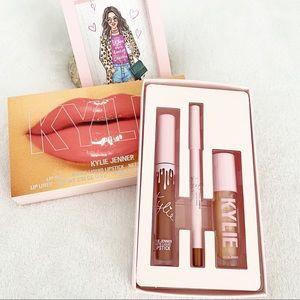 Kylie Jenner Lovestruck Lip Trio